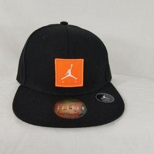 Jordan youth hat jumpman box logo Orange